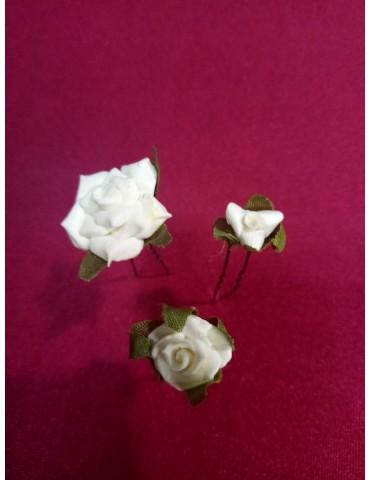 """Epingles chignon mariée, modèle """"Roses anciennes"""". Vendues par trois"""